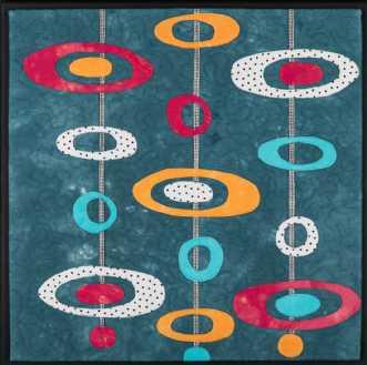 'Min retro serie 6' by Tina Sommer Paaske | tekstilkunst
