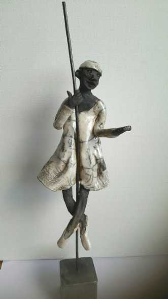 Balletclown by Grete Ryberg Høgh | keramik