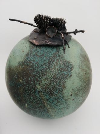 Krukke i stentøj, s.. by Nina Hansen | keramik