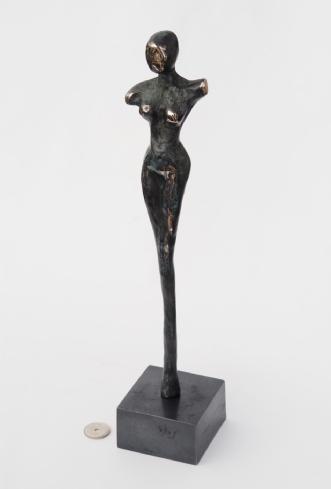 Bronze kvinde by Nina Hansen | diverse