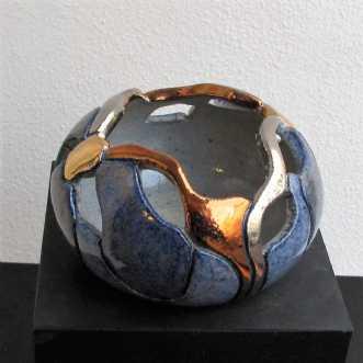 lille gobbel gennem.. by Tove Balling | keramik