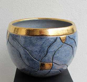 buttet skål m. stre.. by Tove Balling | keramik