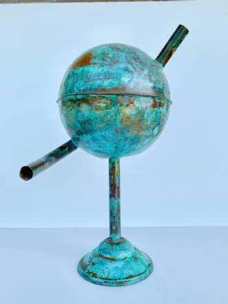Mellem klode by Claus Steen Rasmussen | skulptur