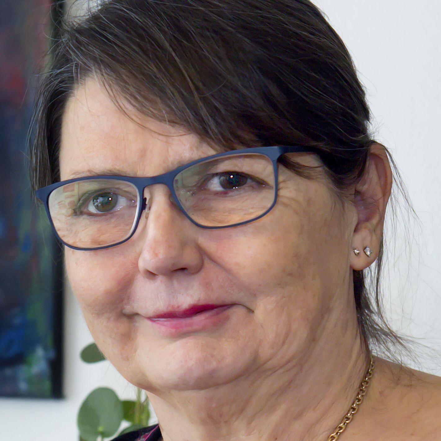 Anni Koch-Knudsen